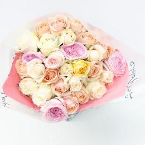 Pastel mixed roses